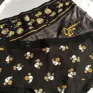 Nwt 3 Pairs Torrid size 3 Boyshorts Panties